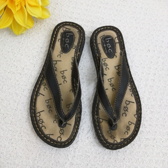 0acb01b16f44cc b.o.c. Shoes - b.o.c by Born flip flops size 7